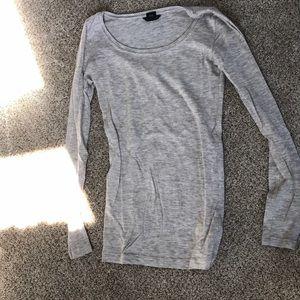 Club Monaco long sleeve sweater